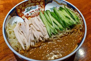 はしご 鶏絲涼麺