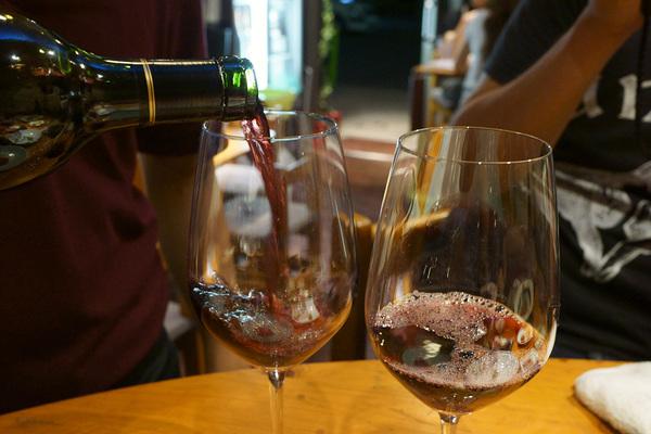 下町ワイン酒場 MIYABIYA