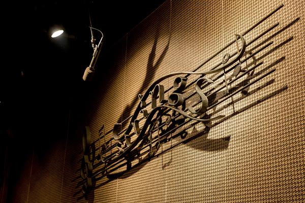 吉祥寺 Strings